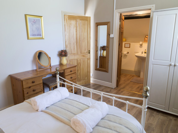 Double room in the 3 bedroom Holiday Cottage the Coach House at Cwmcrwth Farm & Holiday Cottages West Wales